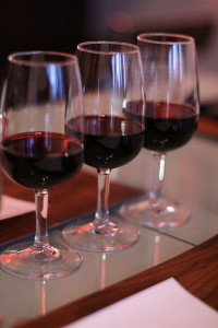 By Jules Morgan from Montreal, Canada (The wine flight  Uploaded by Fæ) [CC-BY-2.0 (http://creativecommons.org/licenses/by/2.0)], via Wikimedia Commons