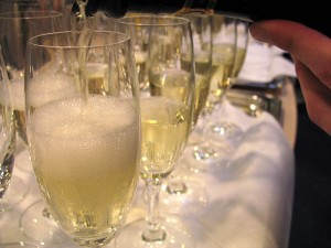 By Simon Law (originally posted to Flickr as Sparkling wine) [CC-BY-SA-2.0 (http://creativecommons.org/licenses/by-sa/2.0)], via Wikimedia Commons
