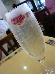 Photo By Jessica Spengler (Flickr: Prosecco with raspberries) [CC-BY-2.0 (http://creativecommons.org/licenses/by/2.0)], via Wikimedia Commons